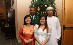International students presenting 'Diversity of Cultures'
